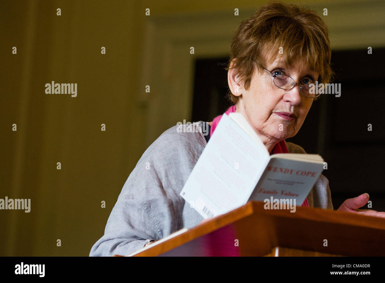 Poet WENDY COPE reading her poetry at the first Gwyl Dinefwr Literature Festival, Newton House, LLandeilo, Carmarthenshire - Stock Image