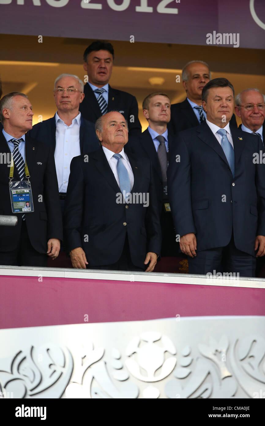 SEPP BLATTER & UKRAINE PRESIDE SPAIN V ITALY EURO 2012 OLYMPIC STADIUM KIEV UKRAINE 01 July 2012 - Stock Image