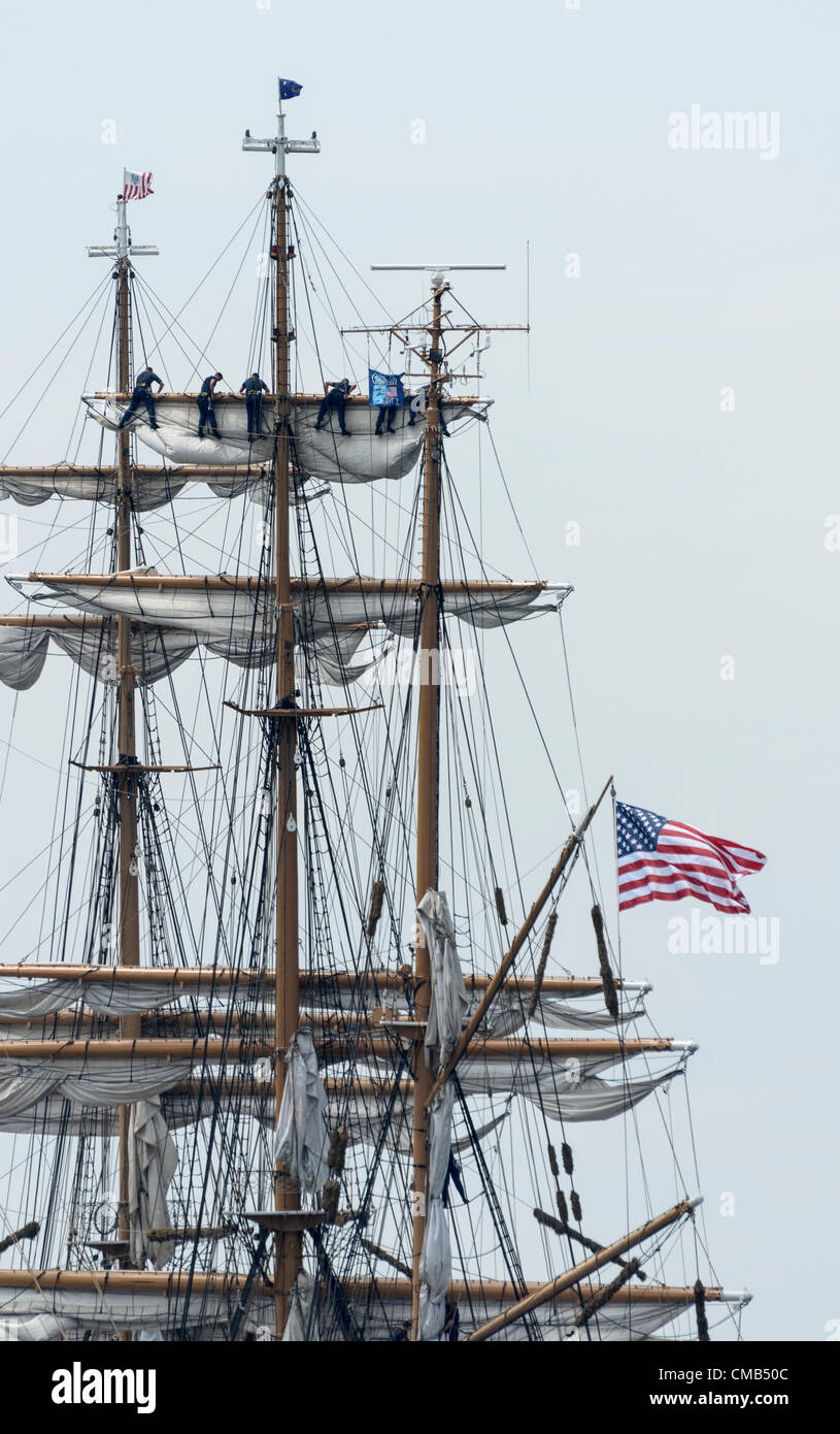 New London, Connecticut, USA - July 7, 2012: The US Coast Guard tall ship Eagle lands at Fort Trumbull during OpSail - Stock Image
