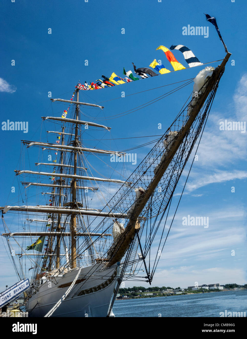 New London, Connecticut, USA - July 9, 2012: Super wide angle view of the bow of the Cisne Branco, which means White - Stock Image