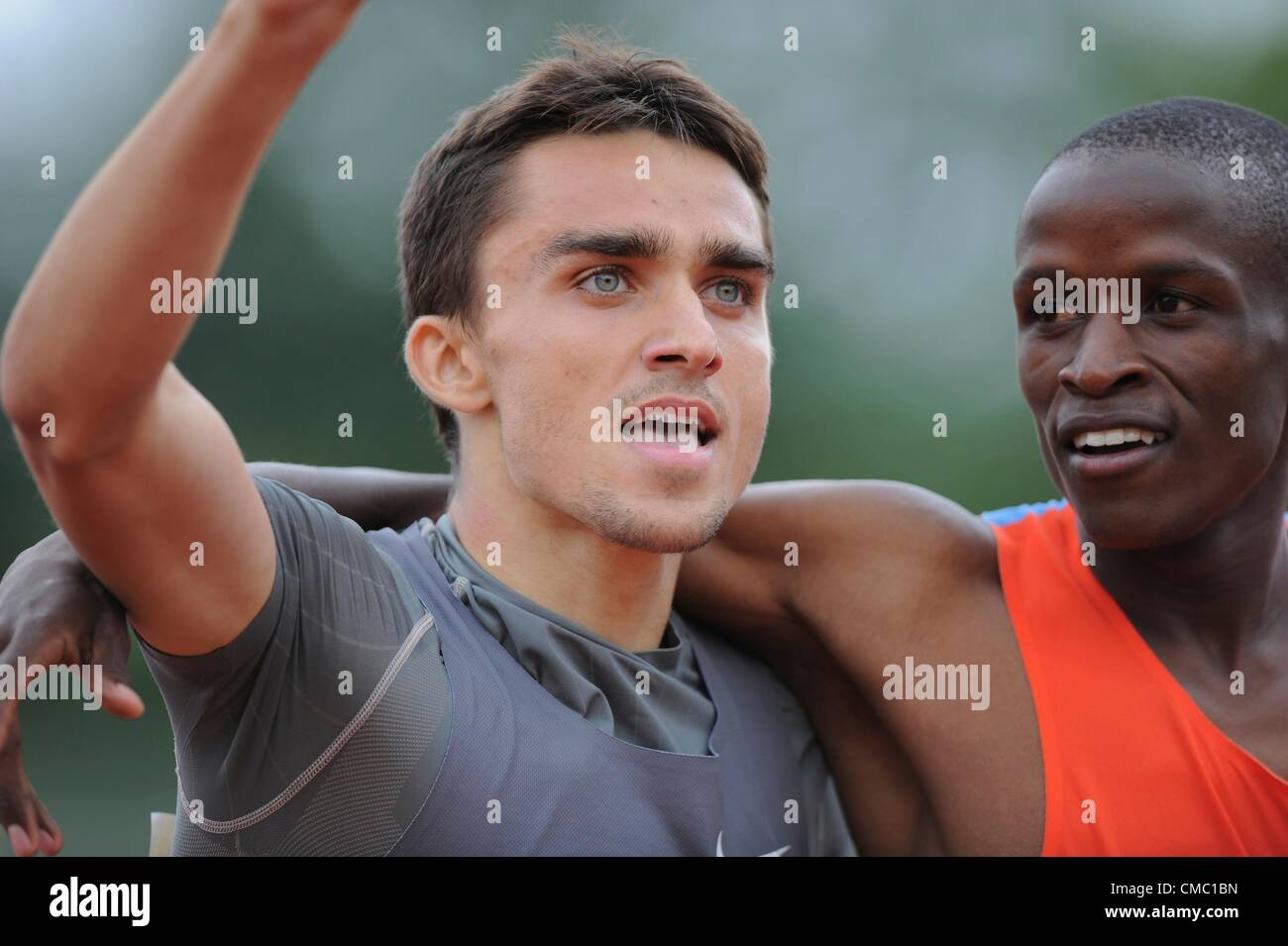 14.07.2012 Crystal Palace, London ENGLAND.  mens 800m Final, winner Adam Kszczot with Job Kinyor, during the Aviva - Stock Image
