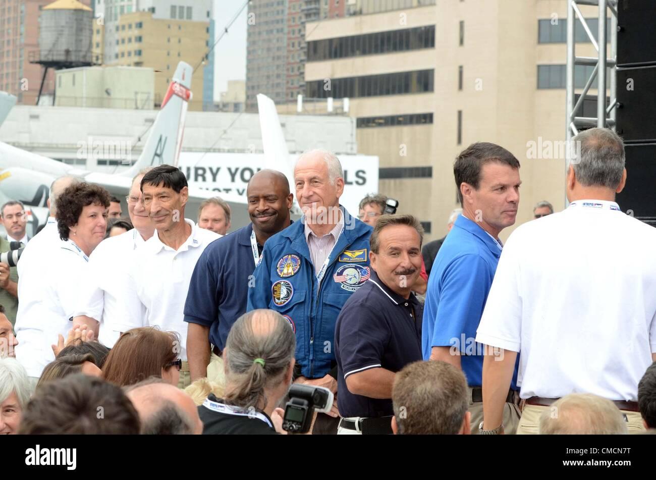 Thursday 19th July 2012. New York, USA. Lee Morin, Ellen Baker, Karol Bo Bobko, Mario Runco, Leland Melvin, Jeffrey - Stock Image