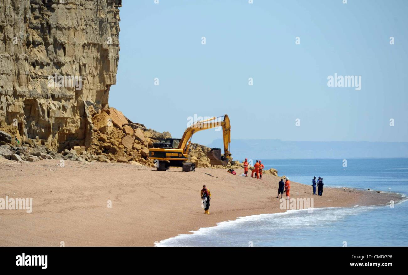 Collapse of cliff at Burton Bradstock in Dorset, Britain, UK. - Stock Image