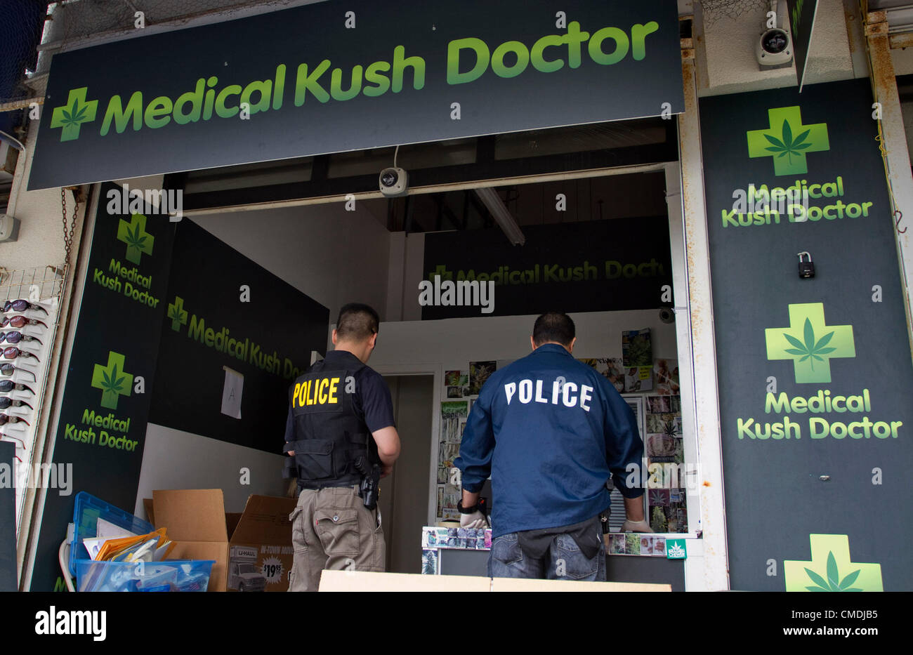 Los Angeles, California, U.S. - The LA City council on Tuesday voted to ban pot clinics that some residents say - Stock Image