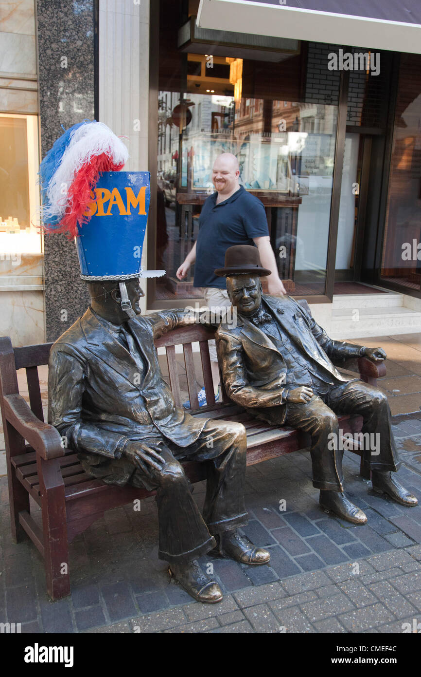 London, England, UK. Monday, 30 July 2012. Statues of Roosevelt and Churchill with hat designs by John Boyd and - Stock Image