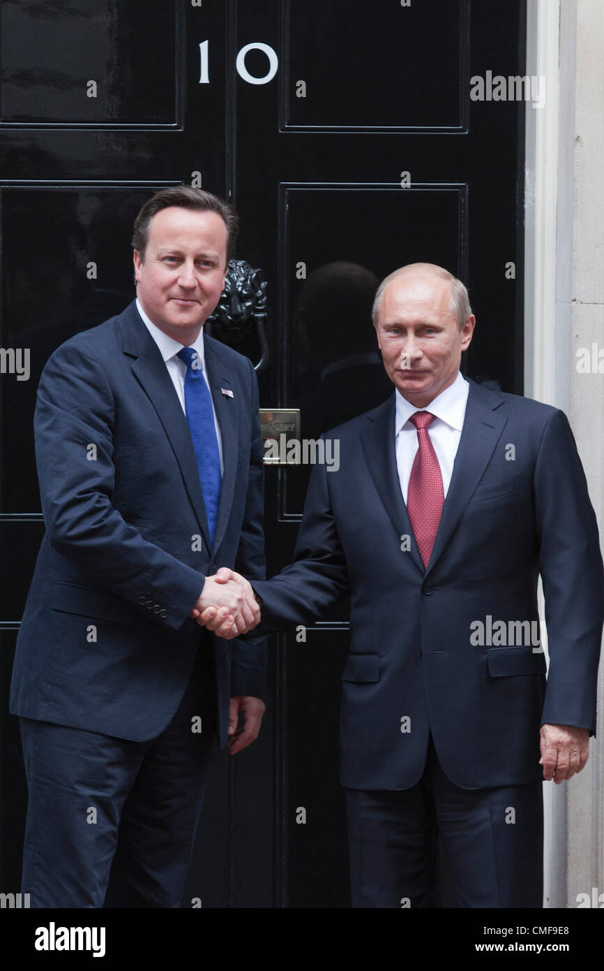 2nd August 2012. London, England, UK. Thursday, 2 August 2012. Vladimir Putin, President of Russia, meets with Prime Stock Photo