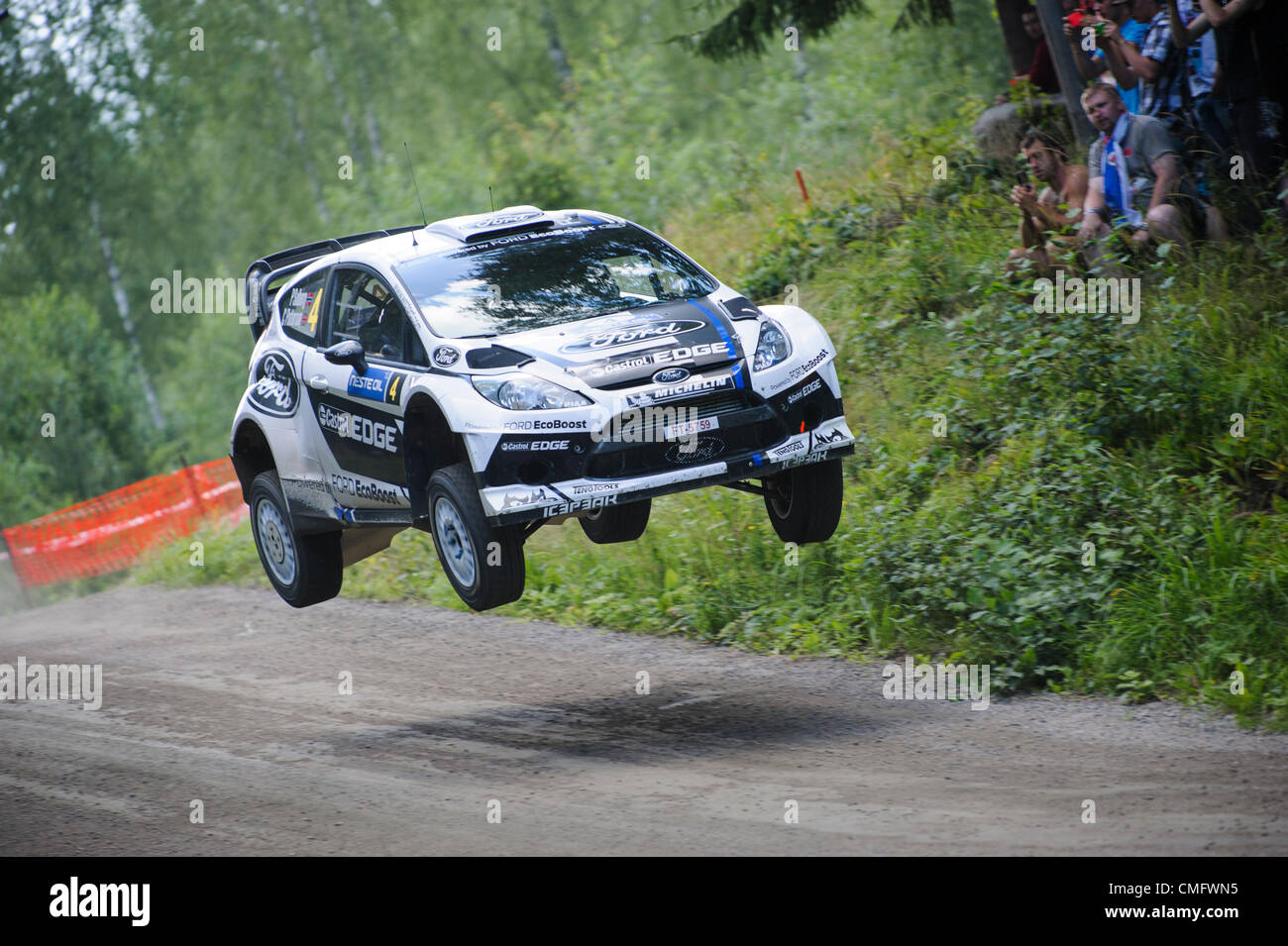 JYVÄSKYLÄ, FINLAND - August 4: Petter Solberg of Norway and Chris Patterson of Great Britain compete in - Stock Image