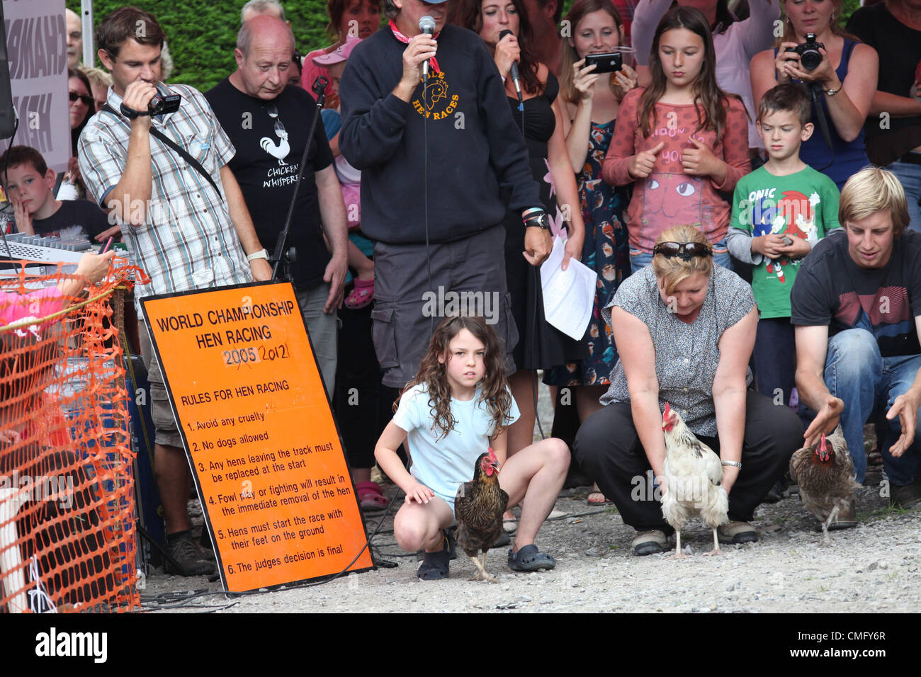 Annual World Hen Racing Championship held on August 4th 2012 at the Barley Mow Public House in the Derbyshire Peak - Stock Image