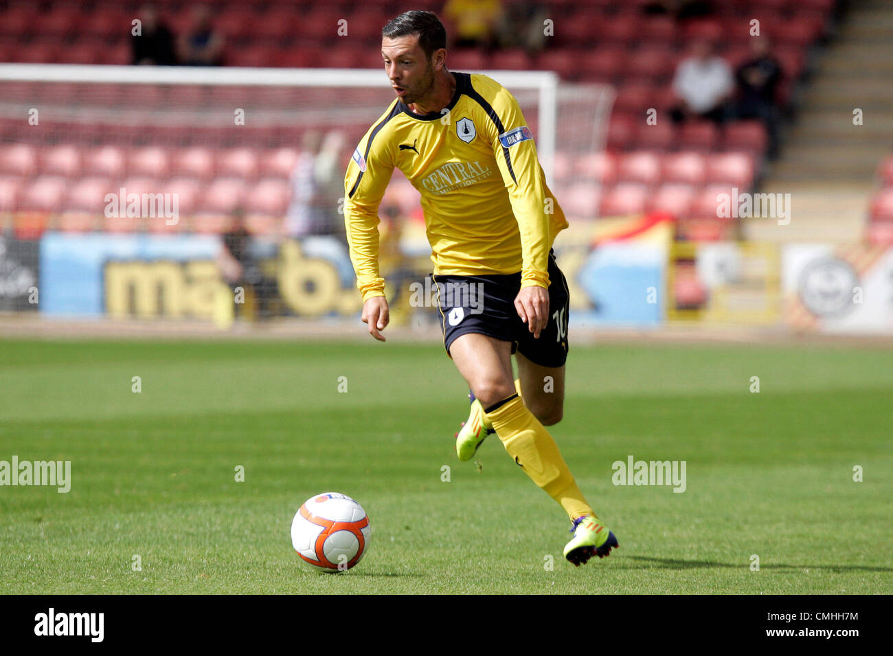 11th Aug 2012. 11.08.2012 Glasgow, Scotland.  10 Andy Hawarth in action during the Scottish Football League Division - Stock Image