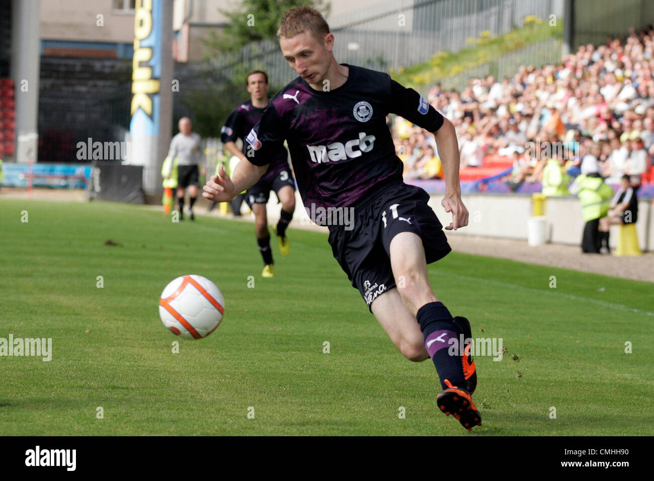 11th Aug 2012. 11.08.2012 Glasgow, Scotland. 11 Chris Erskine in action during the Scottish Football League Division - Stock Image