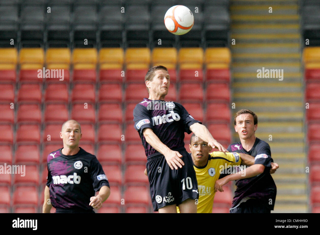 11th Aug 2012. 11.08.2012 Glasgow, Scotland.  10 Hugh Murray in action during the Scottish Football League Division - Stock Image