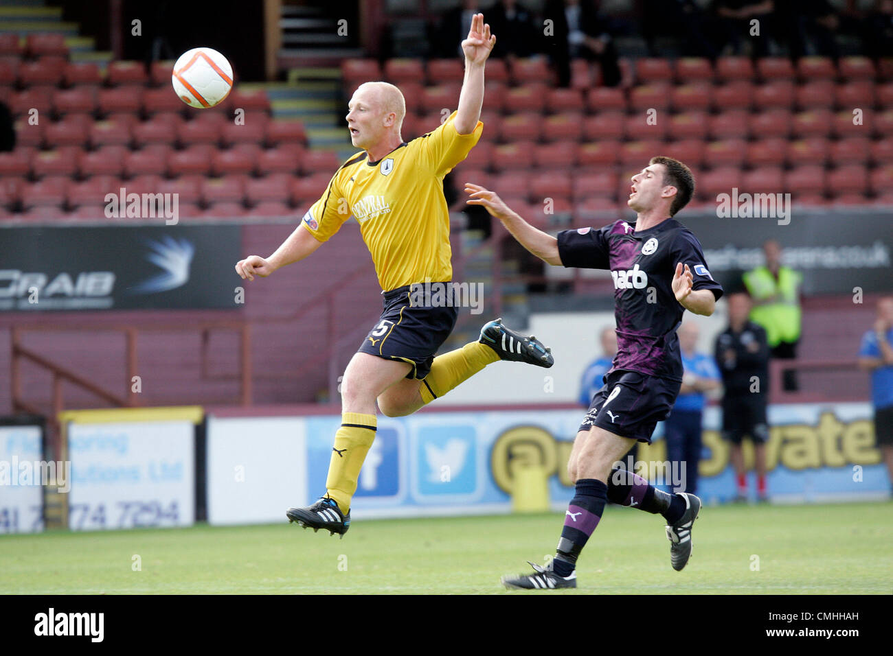 11th Aug 2012. 11.08.2012 Glasgow, Scotland. 5 Chris Smith in action during the Scottish Football League Division - Stock Image