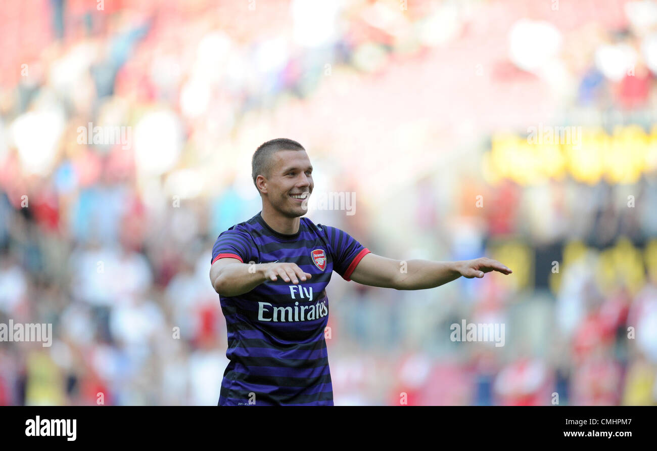 12.08.2012. Cologne, Germany.  Arsenal's Lukas Podolski says goodbye preseaon friendly match between FC Cologne - Stock Image