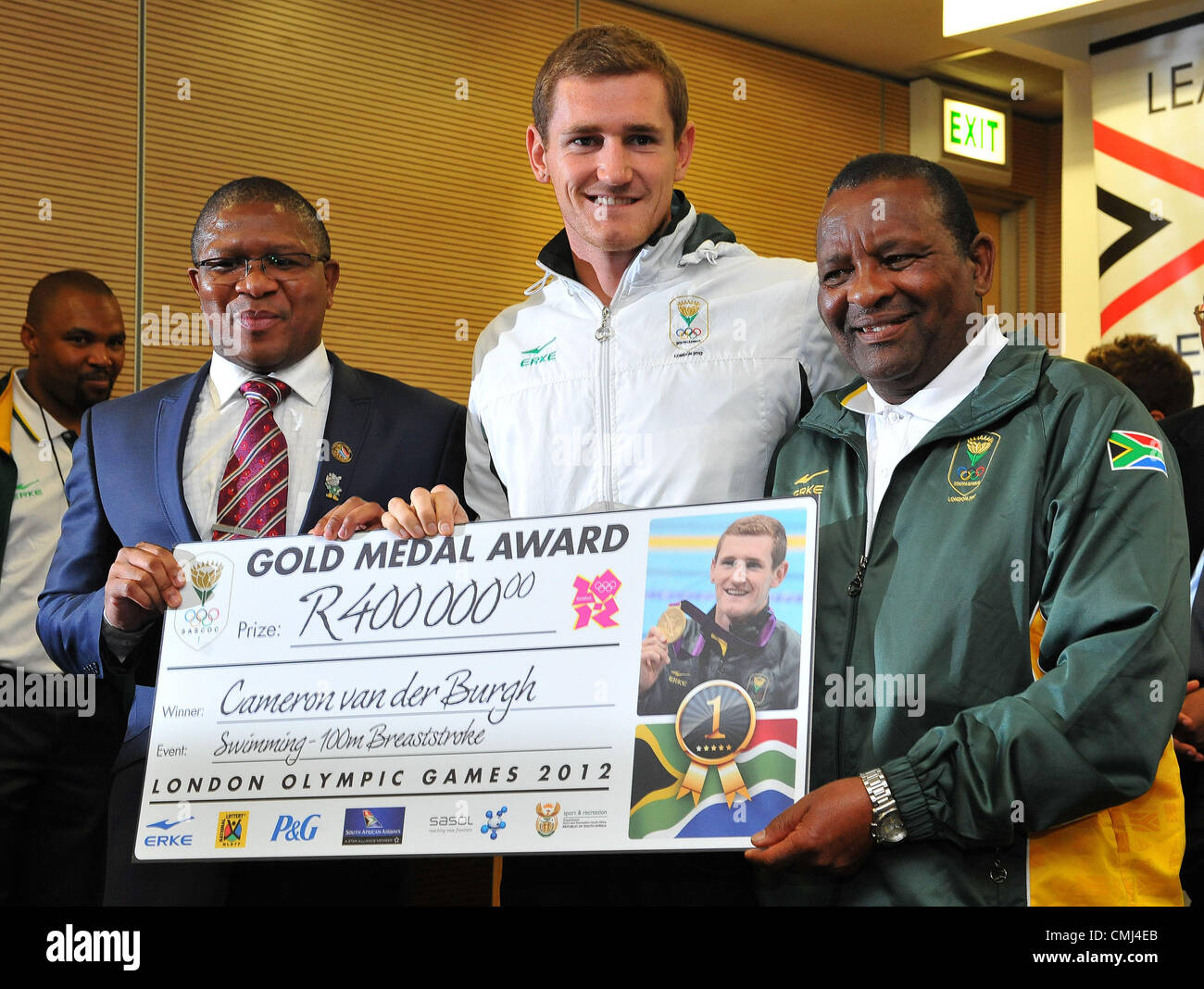 14th Aug 2012 Johannesburg, South Africa. Cameron van der Burgh with Fikile Mlalula and Gideon Sam during the South - Stock Image
