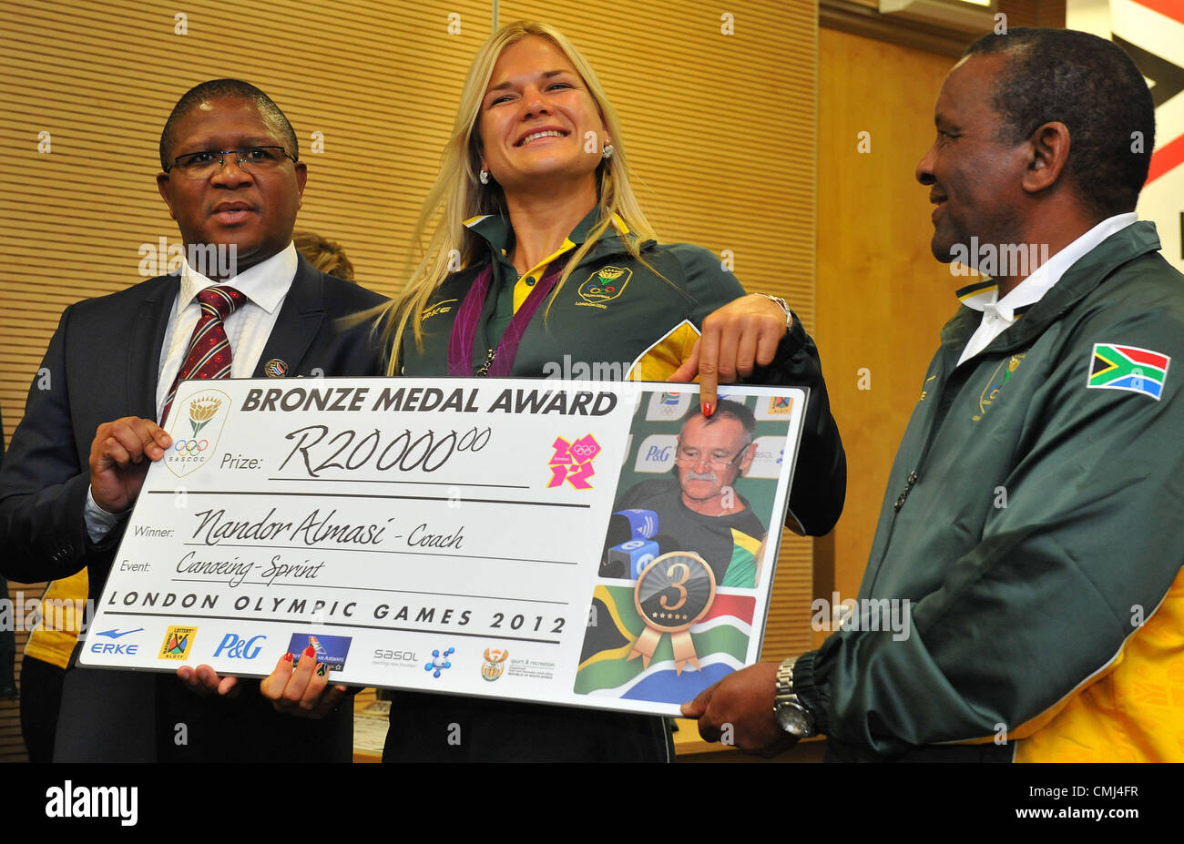 14th Aug 2012 Johannesburg, South Africa. Bridgitte Hartley collect for coach Nandor Almasi from Fikile Mdlalula - Stock Image