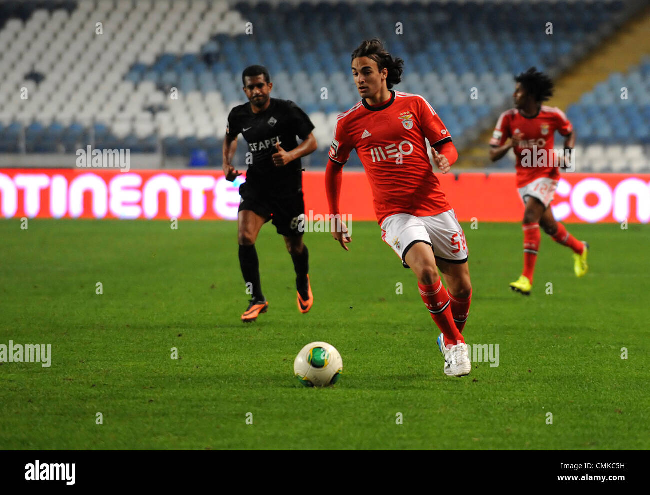 Serbian striker Lazar Markovic of Benfica runs with the ball during the portuguese Liga Zon Sagres football match - Stock Image