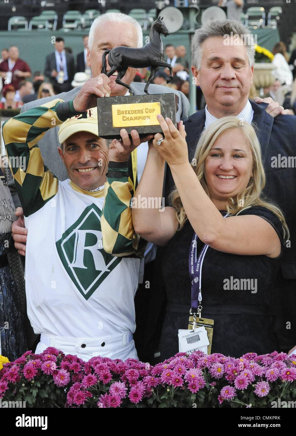 Arcadia, California, USA. 2nd Nov, 2013. Mucho Macho Man ridden by GARY STEVENS and trained by KATHY RITVO wins - Stock Image