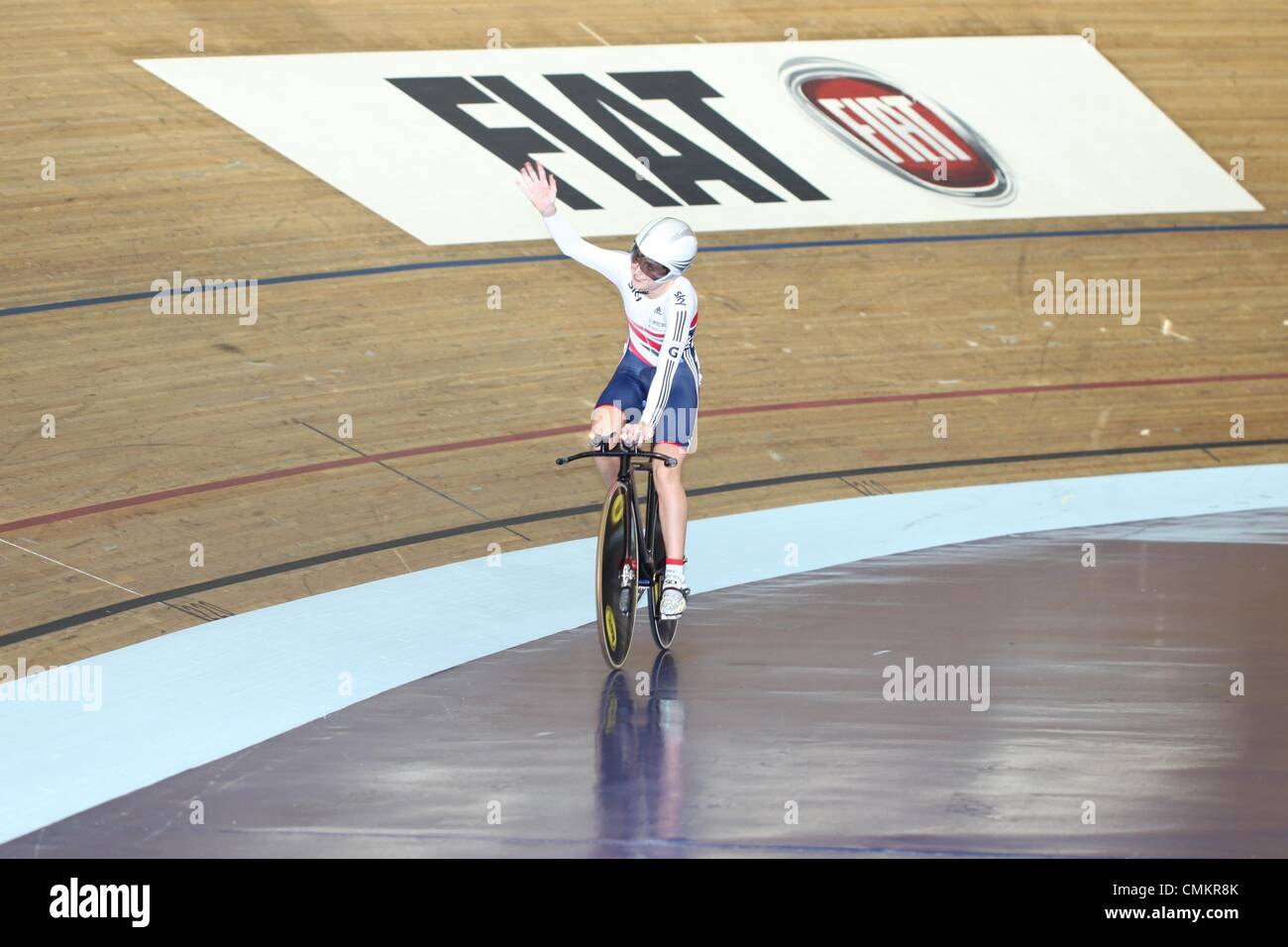 Track Cycling World Cup, National Cycling Centre, Manchester, UK. 3rd November 2013. Laura Trott acknowledges the - Stock Image