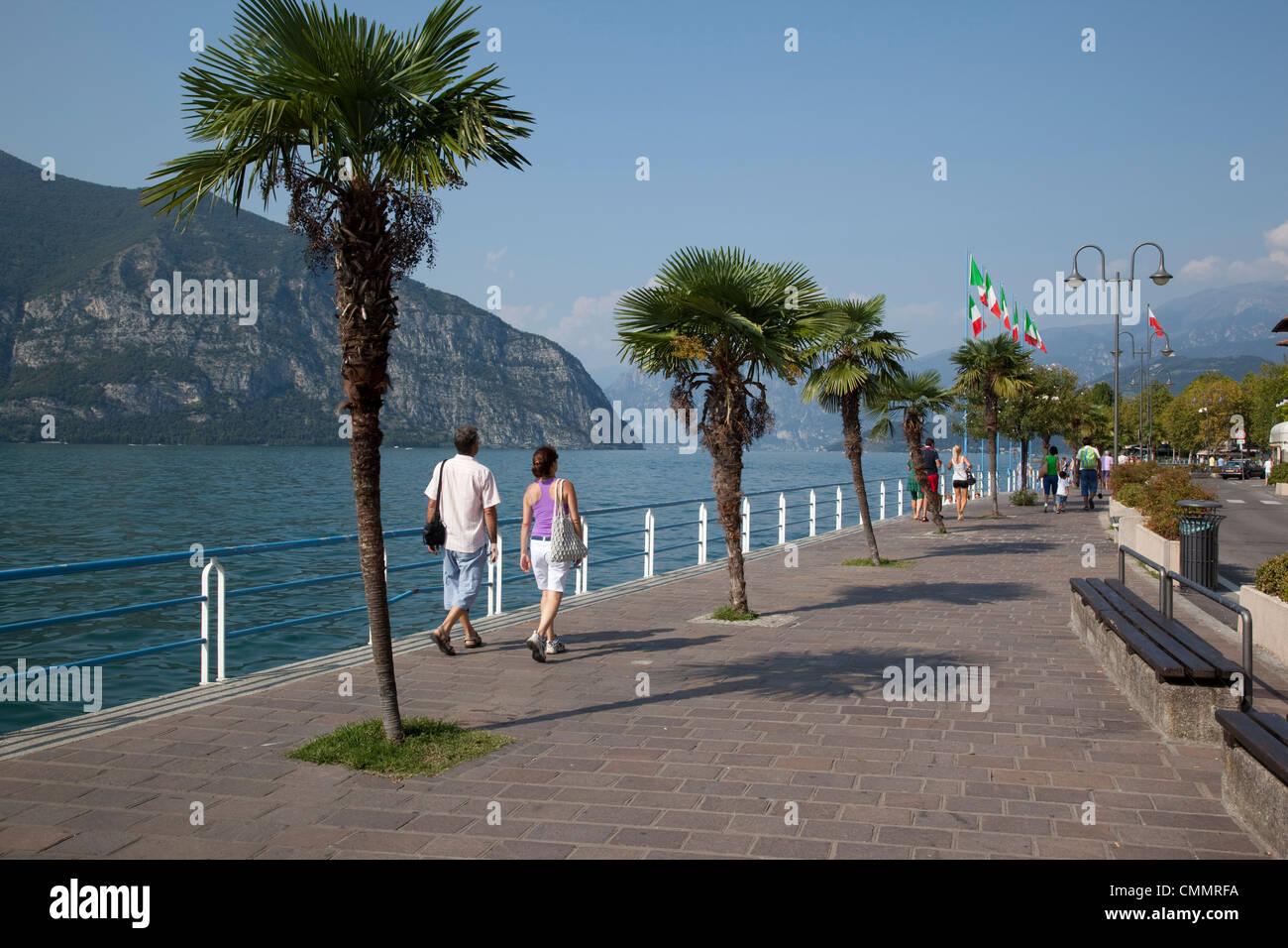 Promenade, Iseo, Lake Iseo, Lombardy, Italian Lakes, Italy, Europe - Stock Image
