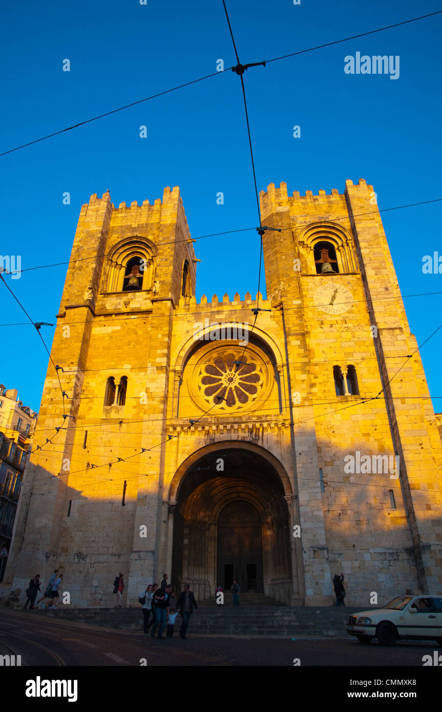 Sé cathedral church exterior Alfama district Lisbon Portugal Europe - Stock Image