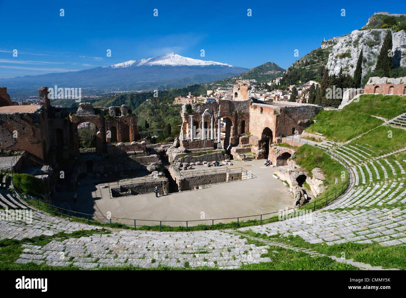 The Greek Amphitheatre and Mount Etna, Taormina, Sicily, Italy, Europe - Stock Image