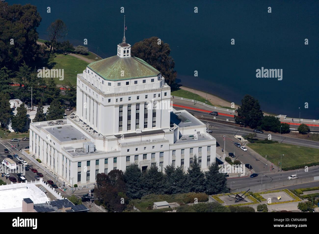 aerial photograph Alameda courthouse Oakland, California - Stock Image