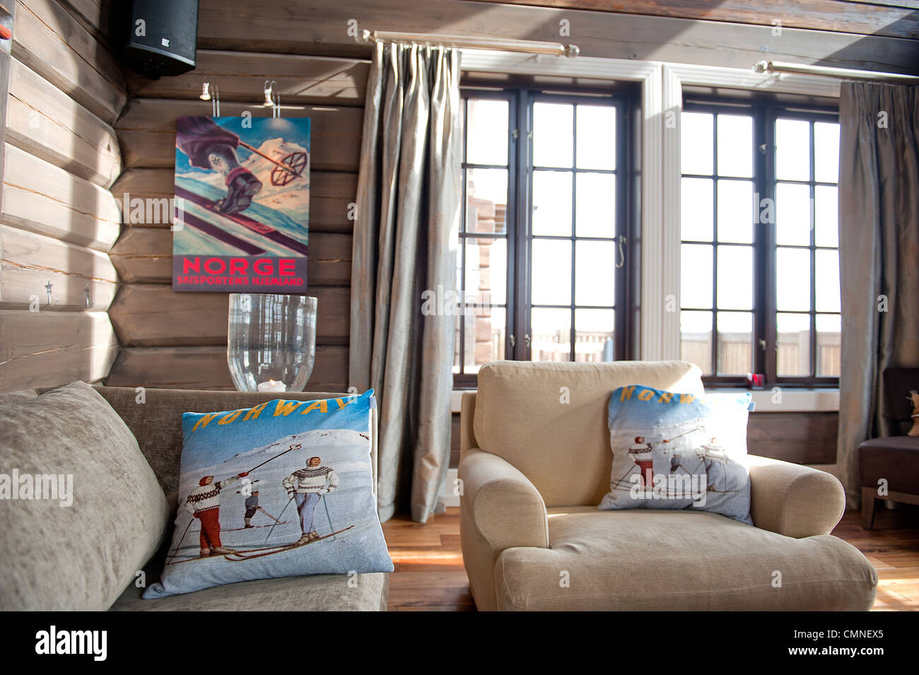 Food, drink, rooms and heartfelt hospitality right on the slopes: Hovden Alpine Lodge in Hovden,, Setesdal, Norway - Stock Image