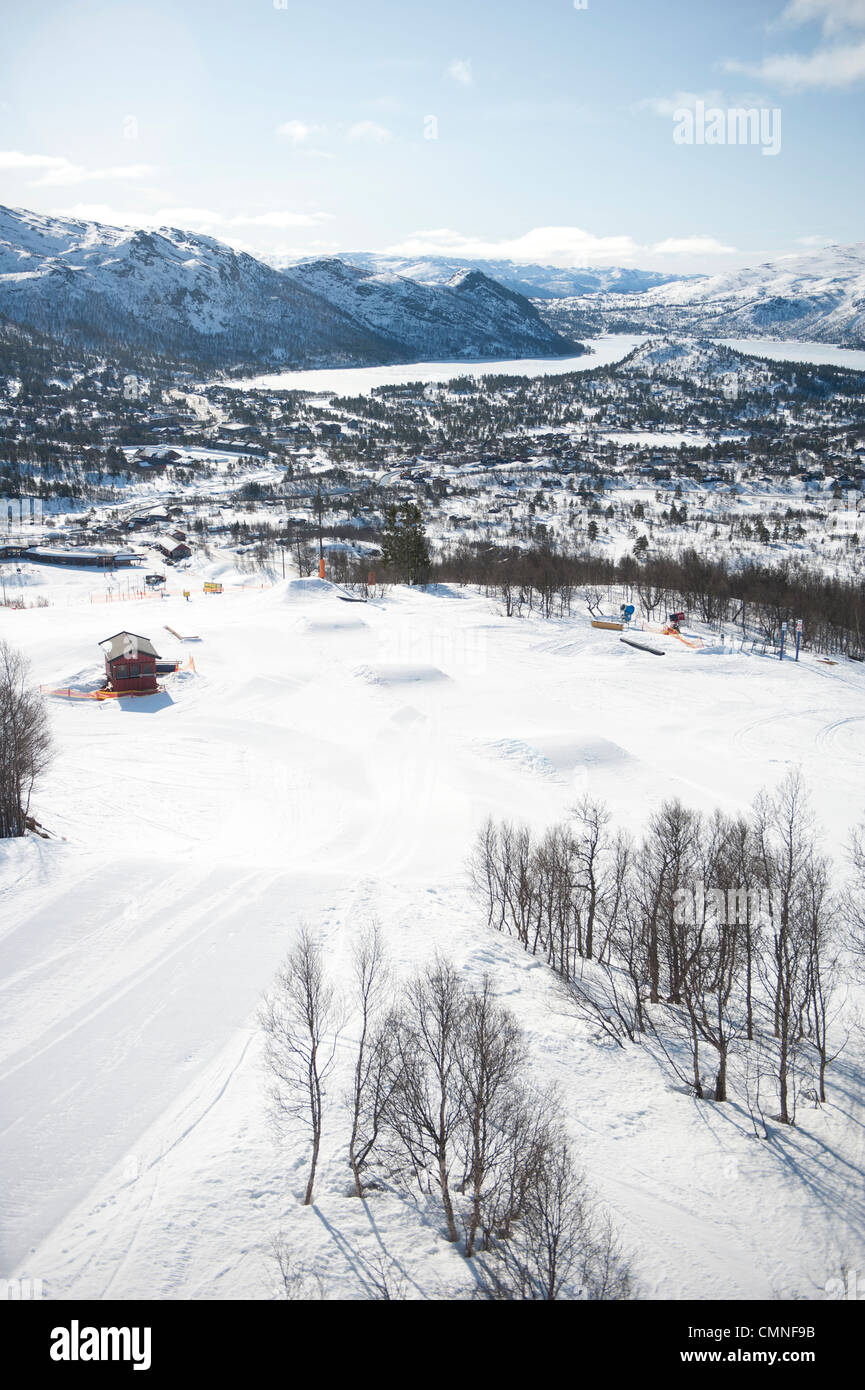 Winter at Hovden, a skiing resort in south Norway, here: skiing area of Noose mountain - Stock Image
