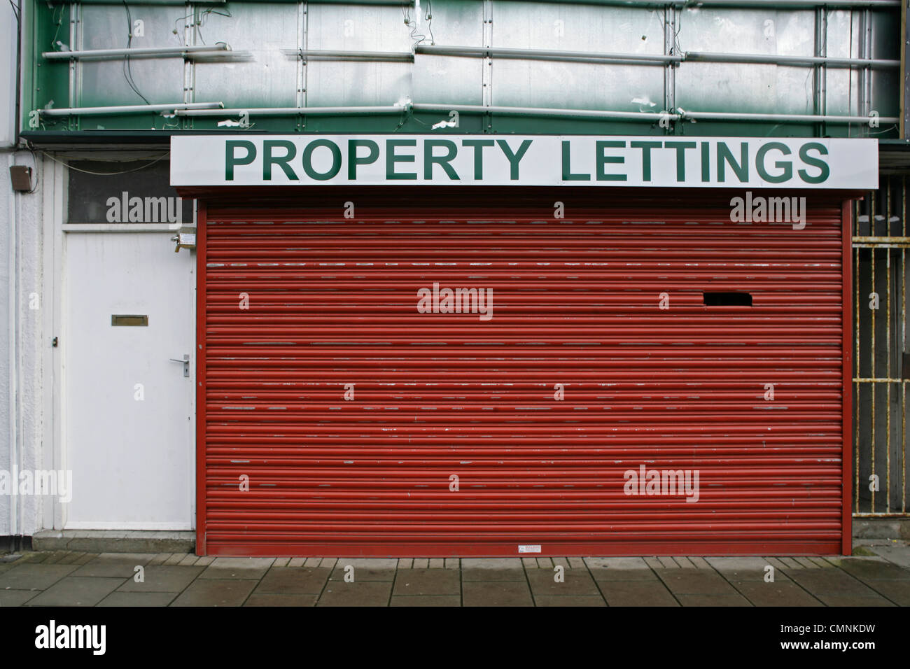 Vacant property lettings office, Grimsby, North East Lincolnshire. - Stock Image