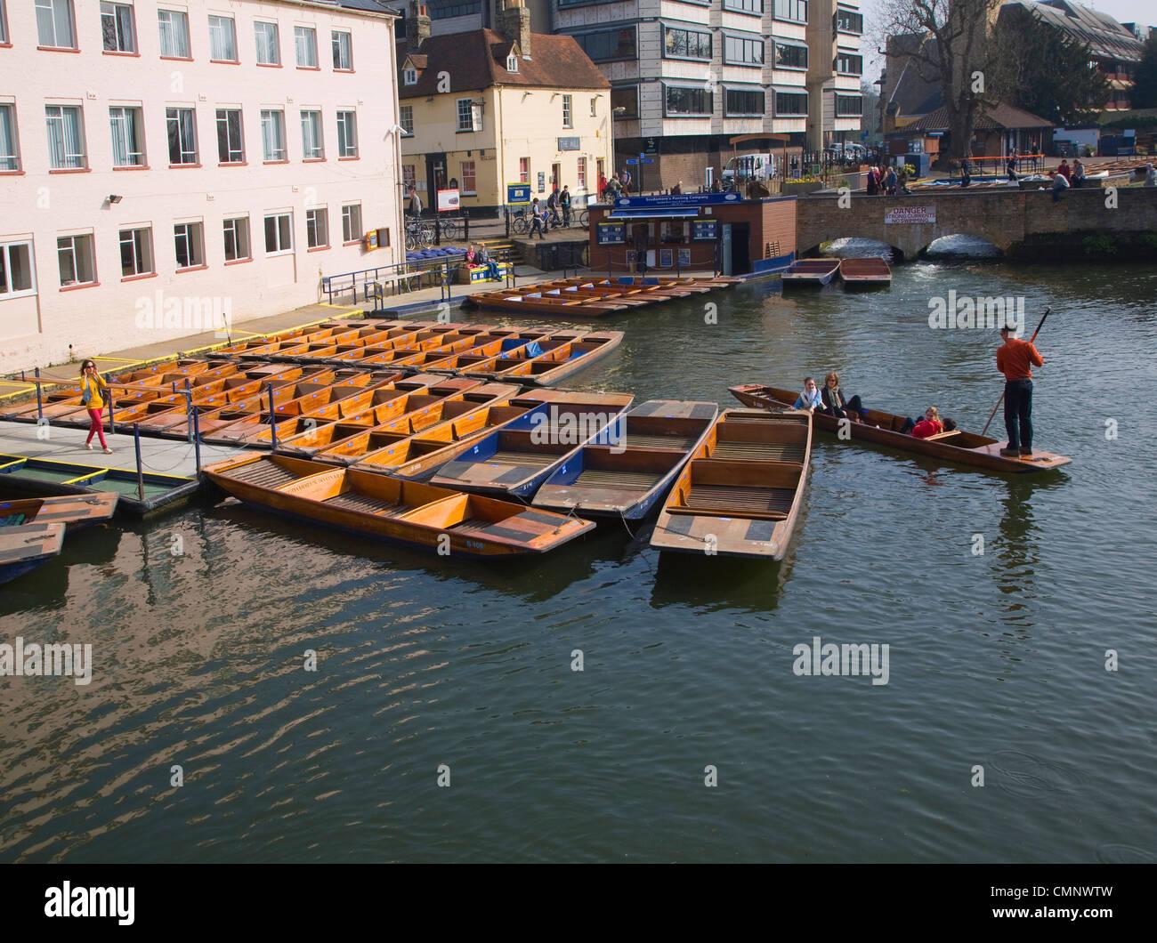 Punts on River Cam, Cambridge, England Stock Photo