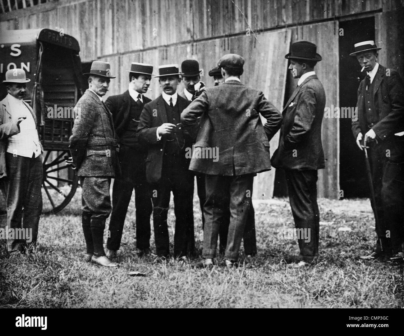 Executive Committee, Midland Aero Club, Wolverhampton, 1910. A meeting of the Executive Committee at Dunstall Park. - Stock Image