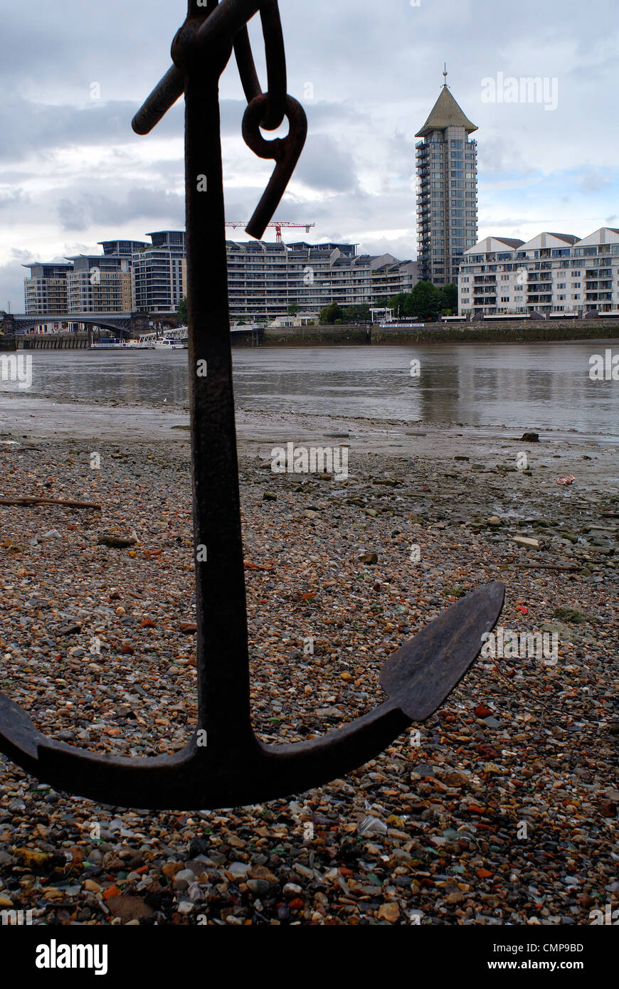 0ld anchor in the Thames - Stock Image