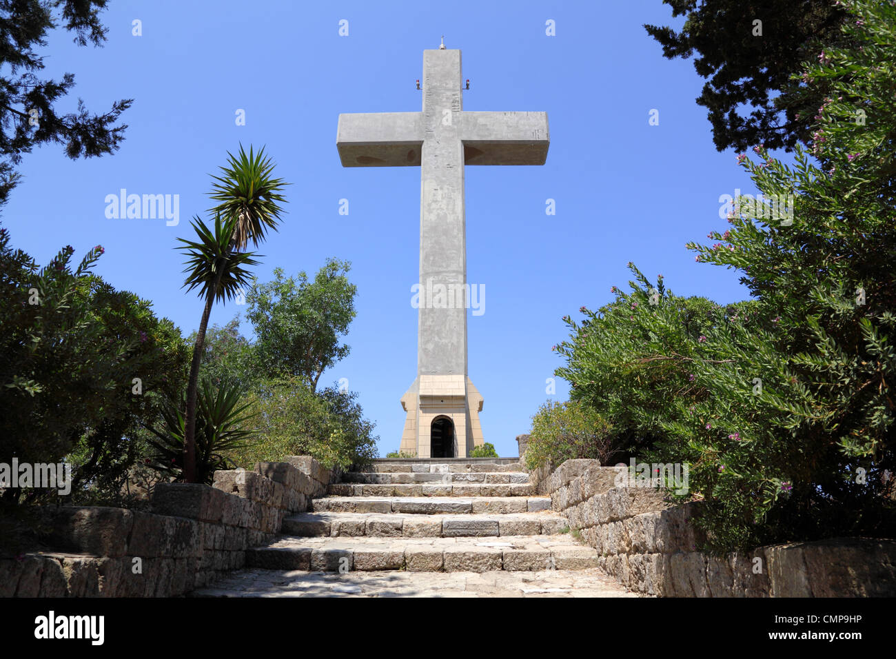 cross and the observation deck on the mount filerimos, Greece, Rhodes - Stock Image