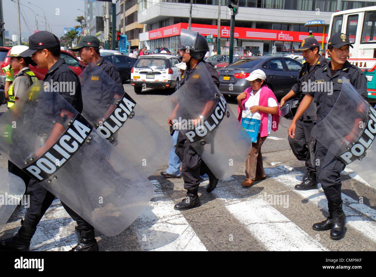 Lima Peru San Isidro Avenida Canaval y Moreyra protest Petroperu Petróleos del Perú street scene Indigenous - Stock Image