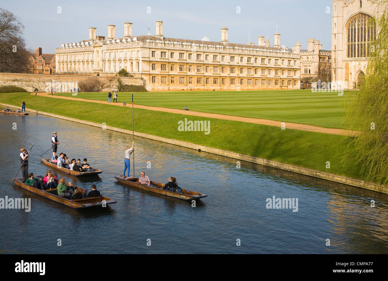 Punting on the River Cam, Cambridge, England - Stock Image