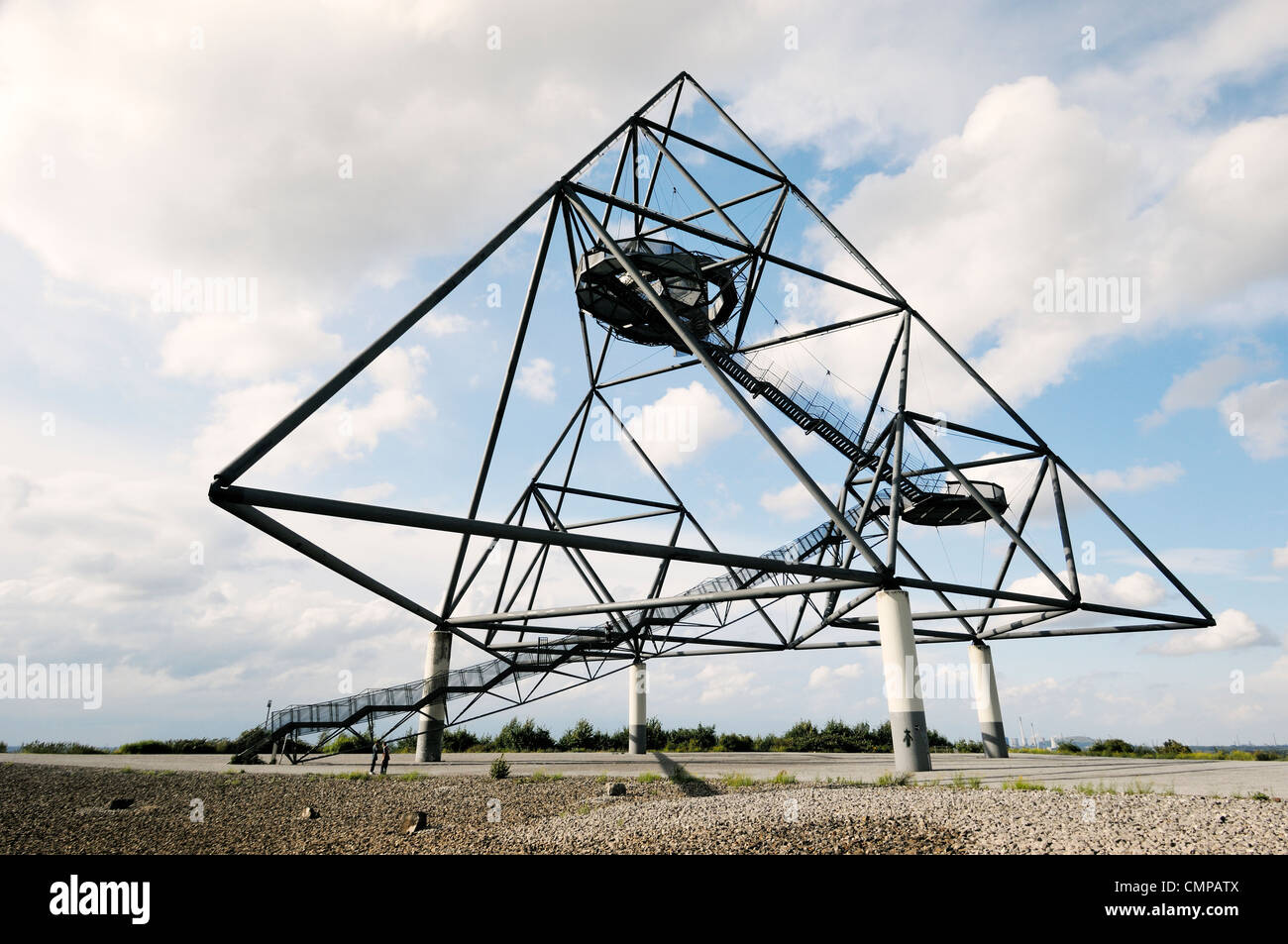 Das Tetraeder, Large tetrahedron sculpture with viewing platforms on old coalmining spoil heap at Bottrop, Ruhr - Stock Image