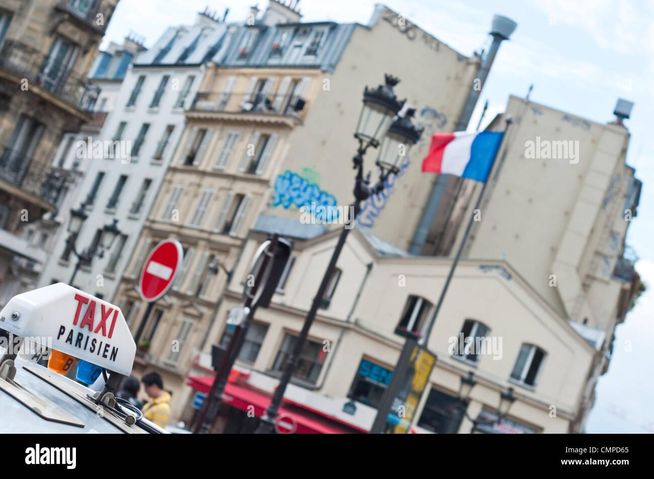 e47824ab6ba Pigalle Paris Stock Photos   Pigalle Paris Stock Images - Alamy