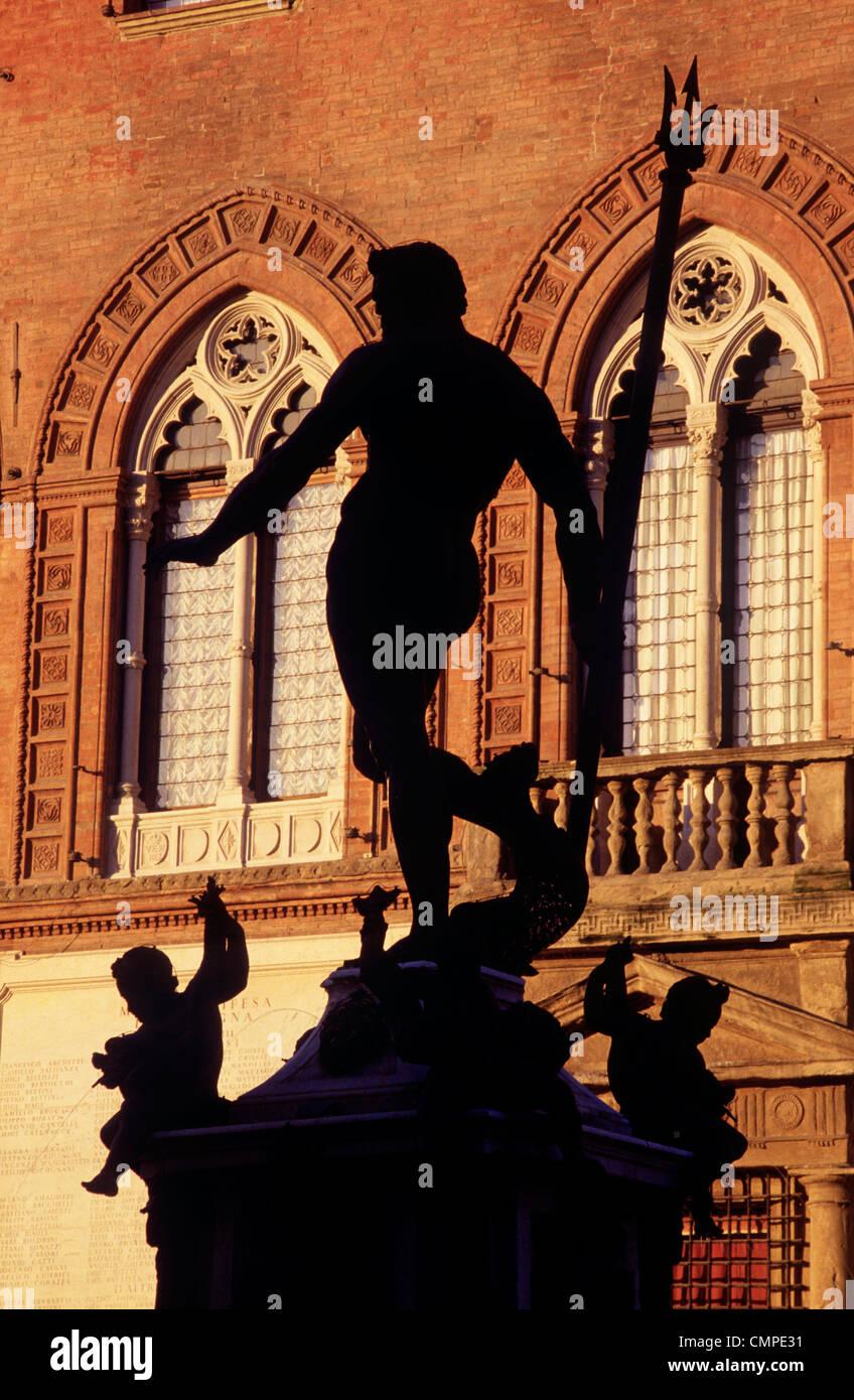 Italy Emilia Romagna Bologna Piazza del Nettuno Fountain and statue - Stock Image