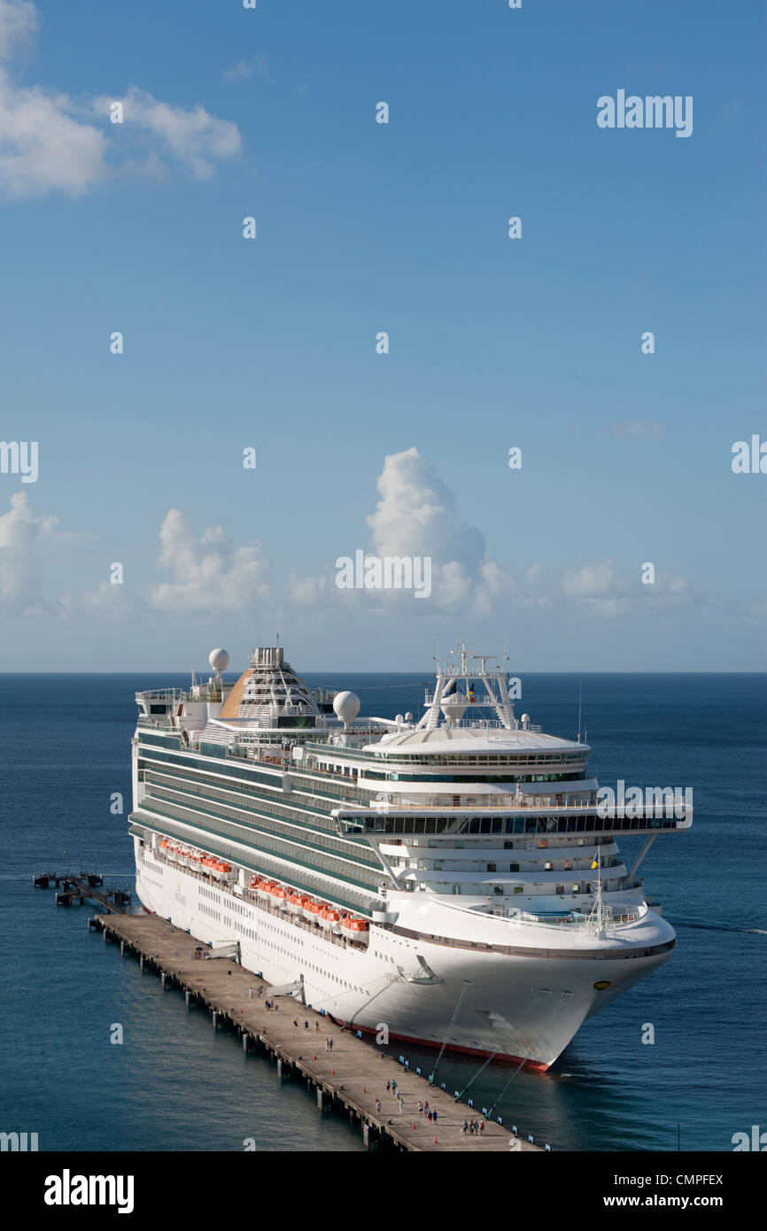 The Azura P&O Cruise Ship moored in St George's, Grenada - Stock Image