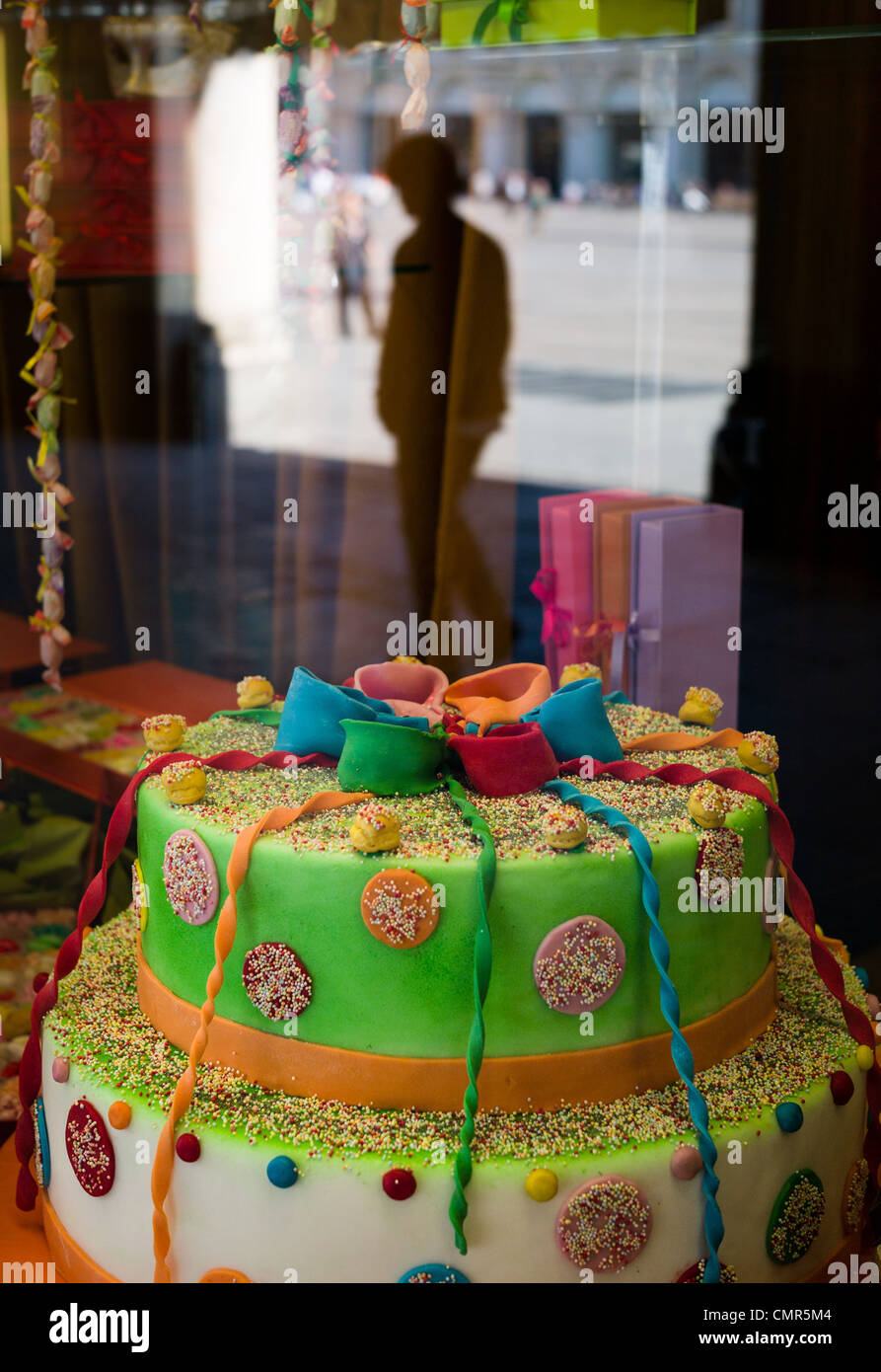 Birthday Cake In Shop Window Stock Photos Birthday Cake In Shop