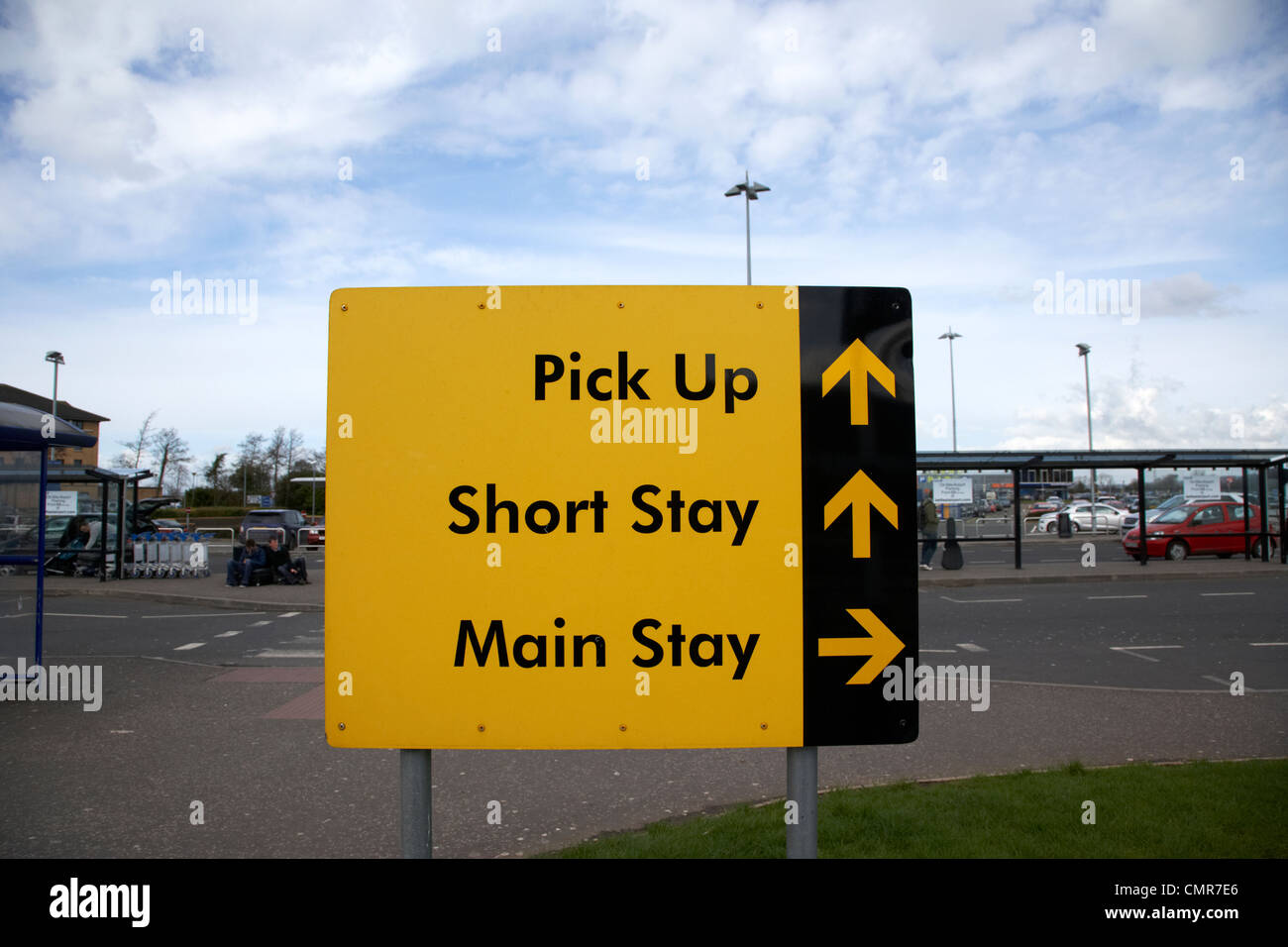 Bristol Airport Long Stay Parking >> Airport Car Park Stock Photos & Airport Car Park Stock Images - Alamy