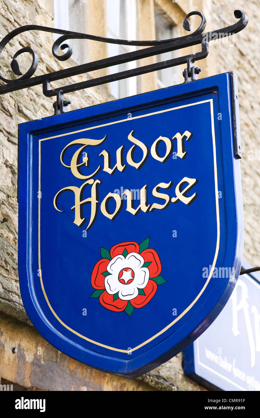 Tudor House Antiques sign. Stow on the Wold. Stock Photo