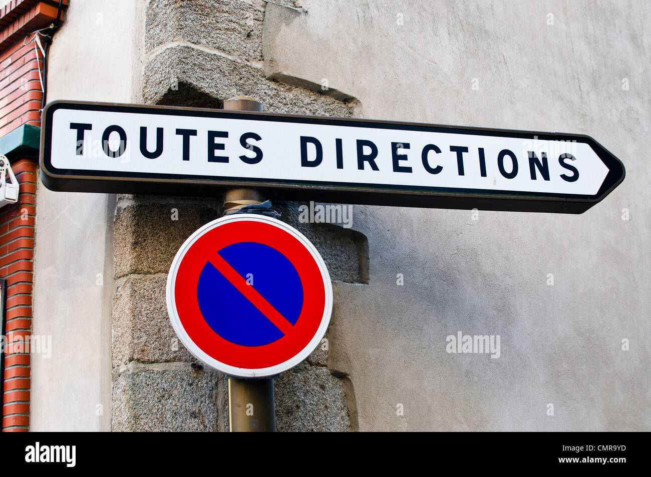 Toutes Directions (all directions) sign in France - Stock Image