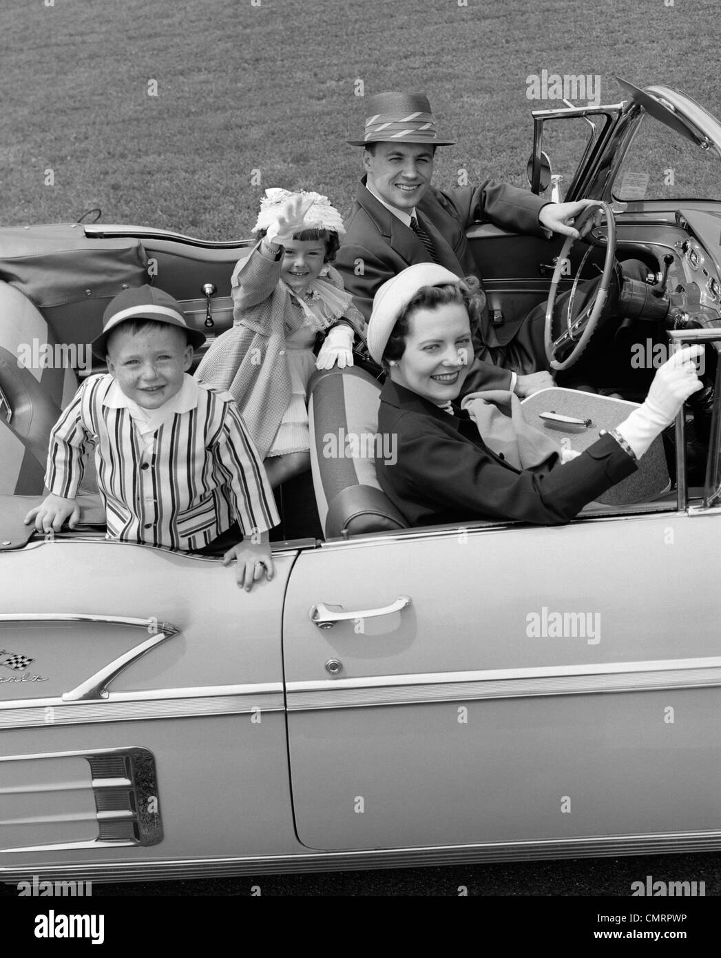 1950s Family Car Stock Photos Amp 1950s Family Car Stock