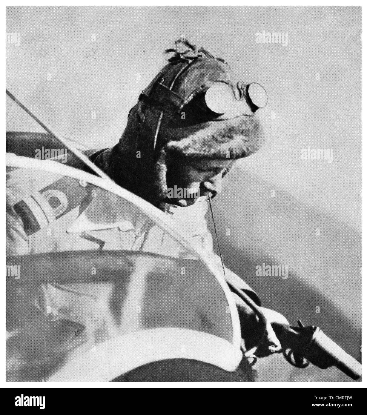1918 British Airman Pilot giving password smoke signal aviator plane RAF Royal Air Force Corps - Stock Image