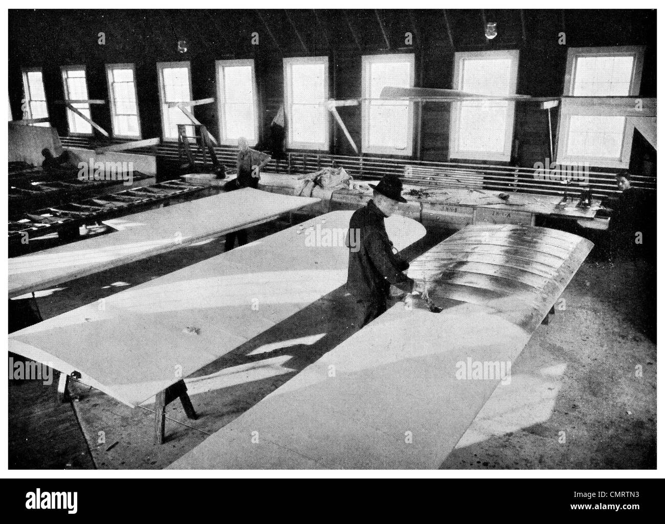 1918 airplane American wings wing construction factory - Stock Image