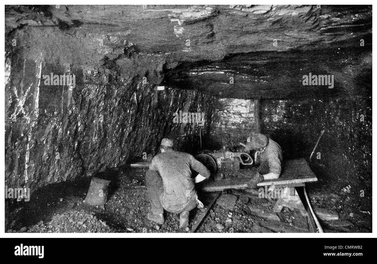 1918 Coal mine undercutting Compressed air puncher Cork and Bottle Mine Scranton Pennsylvania - Stock Image