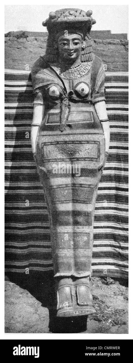 1919 Famous Cure All of the Dark Ages Egyptian antique mummy - Stock Image
