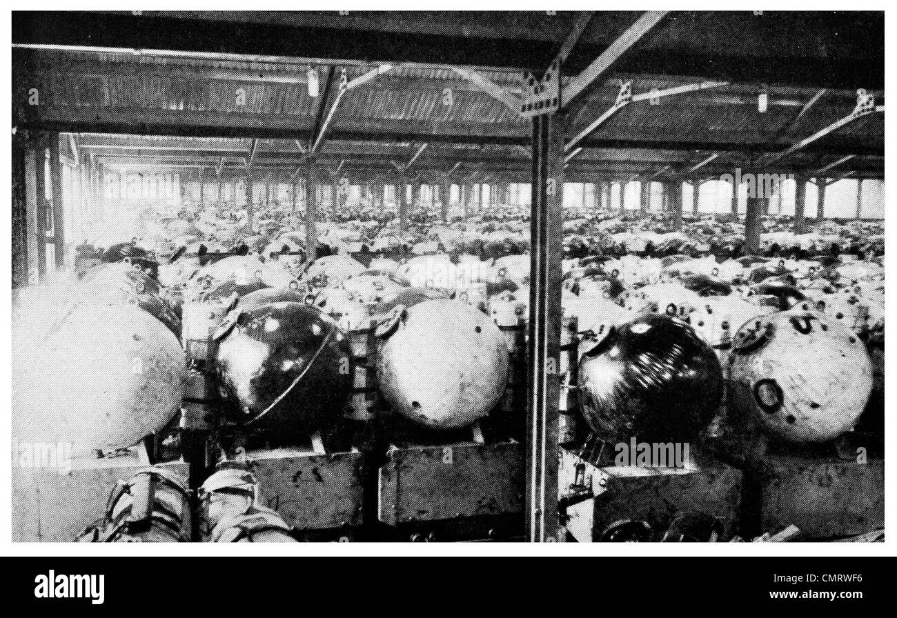 1919 Warehouse US Naval Base in Scotland mine TNT explosives 70,117 mines - Stock Image