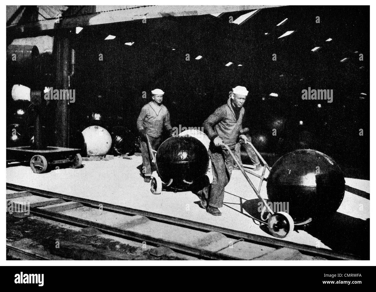 1919 Trucking tons of TNT mines US Naval - Stock Image